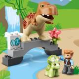 LEGO DUPLO Jurassic World Evadarea dinozurilor T. rex si Triceratops