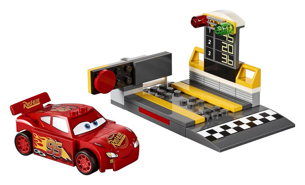 10730 LEGO Juniors Lansatorul de vitez Fulger McQueen